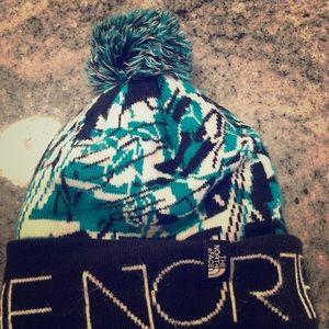 NorthFace Pom Pom winter hat -  like new